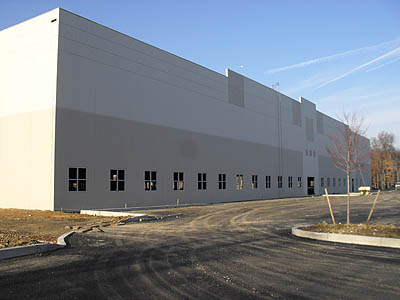 Aardvark Painting Inc.    Repainting Warehouse Exterior in Chicago